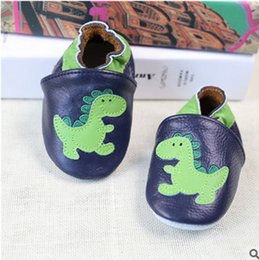 Wholesale Baby Dinosaur Shoes - Baby shoes fashion kids dinosaur applique toddler shoes baby genuine leather soft shoes newborn baby girls kids first walkers shoe T3475