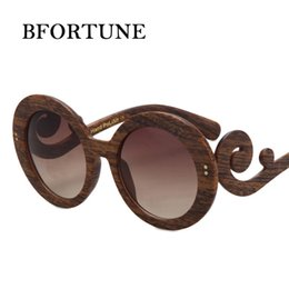 Wholesale Curved Sunglasses - Wholesale-2016 Retro Curve Leg Fashion Sunglasses Women Brand Designer Vintage Round Sun Glasses Oculos De Sol Feminino Gafas De Sol Mujer
