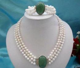Weiße perle grüne jade halskette online-3 Reihen 7-8mm White Pearl Green Jade Halskette Armband