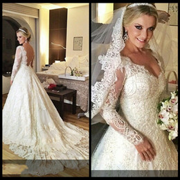 Wholesale Simple Gold Wedding Dres - Customized Long Sleeve Lace Vintage Wedding Dresses Appliques Beading Backless Beads Patterns Cinderella Bridal Gowns Plus Size Wedding Dres
