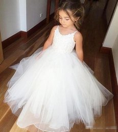 Wholesale Pictures Beautiful Black Girls - Arabic Lace Beaded 2017 Flower Girl Dresses Short Sleeves Tulle Child Dresses Vintage Elegant Beautiful Flower Girl Wedding Dresses
