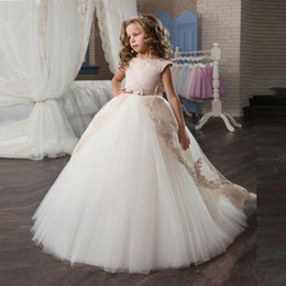 Wholesale Pagaent Dresses - Champagne Lace Ball Gown Flower Girl Dresses 2017 New Appliques Bow-knot Ivory Girls Pagaent Dress Girls First Communion Dress