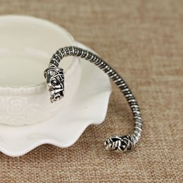 Wholesale Wolf Designs - Drop Shipping New design Small Bracelet two Headed Wolf Fenrir Viking Logo Mens Bracelet Jewelry For Fans Children Best Gift