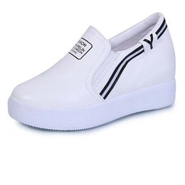 Wholesale Brought Round - 2017 spring new women's shoes increased internal the small white shoes do not bring sets of casual shoes
