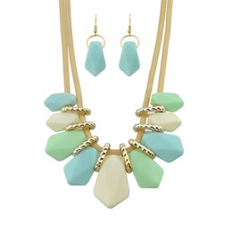 Wholesale Trendy Jewelry China - New Trendy Jewelry Set Plant Shape Imitation Gemstone Three Color Choker Statement Neckalce Drop Earrings Sets