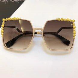 Wholesale Charming Sunglasses - 0136 Luxury Women Brand Designer Popular Sunglasses FF0136 Charming Fashion Sunglasses Top Quality UV Protection Sunglasses Come With Box