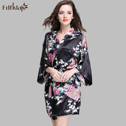 Wholesale Womens Plus Size Nightgowns - Wholesale- Black White Robes 2017 Fashion Satin Robe Women Plus Size Print Womens kimono Nightgown Long Silk Robes Bridesmaid Bathrobe E919