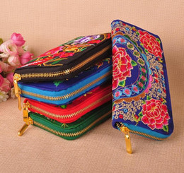 Wholesale Evening Fold - New Fashion Ladies Purse embroidered Long Design Women Wallets Evening Purse Change Purses Trave Folding Ladies' Wallets Clutch Purse