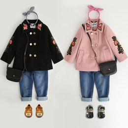 Wholesale Wool Flowers Wholesale - Girls woolen tench coat autumn children rose flowers embroidery lapel parka fashion new kids double breasted princess outwear R1261