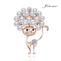 Wholesale Newest Crystal White Diamond Heart - 100PCS Lot 2017 China Wholesale Newest design Fashion Gold Crystal Rhinestone Diamond Pearl Cat Animal Coat Brooch pin