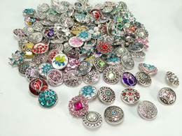 Wholesale button sets - Wholesale 50pcs Lot Mixed Style 18mm Snap Button Metral Rhinestone Ginger Snap Jewelry Sanps Chunk Button For Noosa Snaps Charm Bracelets