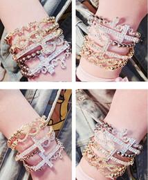 Canada New Trendy Strass Incrusté Lettre D'amour 8 Croix Pendentif Élastique Femme Bracelet Bijoux Femme Accessoires livraison gratuite cheap elastic cross bracelet Offre
