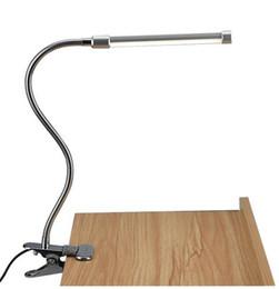 Lampe de bureau de protection des yeux de lecture de LED avec le clip Lampe de table de gradateur de commutateur de luminosité de niveau deux, lumière blanche chaude blanche réglable ? partir de fabricateur
