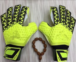 Wholesale Spring Gloves Women - 2017 Men Women Soccer Goalkeeper Gloves Wearable Slip Resistant Football Keeper Latex Goalie Gloves Professional Finger Protection
