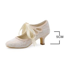 Wholesale Ivory Closed Toe Bridal Shoes - Women's Shoes Satin Upper Middle Spool Heel Closed Toe Spool Heel Pumps With Ribbon Tie Wedding Bridal Shoes