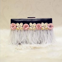 Wholesale Clutches For Wedding - 2017 luxury handmade feather tassel evening bags handmade women clutch wallets mini wedding party bags for girls 2 colors MN258