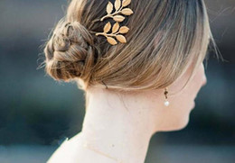 Wholesale 18k Hair Clip - Top Fashion Golden Alloy leaves Hair Head jewellery Hairpin Gift 3D Leaves Hair Clips Barrettes Side clips Wedding Fresh Clamps Hair Jewelry