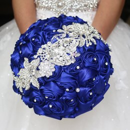 Wholesale Rose Diamond Brooch - 2017 Luxury Royal Blue Wedding Flowers Bridal Bouquets Red Purple Satin Rose Diamond Crystal Bouquet Wedding Bling Brides Brooch Bouques