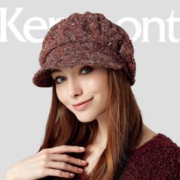 Cappuccio gril online-All'ingrosso-Kenmont Inverno Autunno Donna Lady Gril Outdoor caldo acrilico Poliestere Hat Bowknot a maglia di lana Beret Cap regolabile 2358