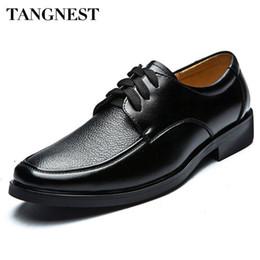 Canada Vente en gros-Tangnest Hot Business Chaussures hommes de style britannique en cuir PU Chaussures habillées en cuir Casual Lace Up Oxfords Flats Man XMP049 cheap dress shoe lace styles Offre