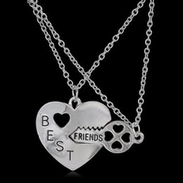 Wholesale Womens Heart Necklaces - Best Friends Friendship Heart Key Silver Necklace Pendant Couple BFF Alloy Necklace Jewelry Pendant Necklaces Fashion Womens Chain Jewelry