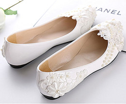 Wholesale Lace Bridal Shoes - Free Shipping New Fashion White Wedding Dress shoes flat ballet lace pearls flower Bridal size 5-10