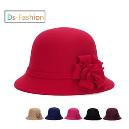 Vestidos derby florales online-Moda Elegante Sombreros Derby Sombrero Con Flor Para Las Mujeres Vestido Iglesia Sombreros Señoras Vestido de boda formal Miel Invierno Más cálido Cubo de pesca tapa