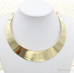 Wholesale Ladies Chockers - Hot Sell European Design Exaggerated Necklace Fashion Gold Choker Women Dress Jewelry Necklaces Lady Girls Punk Metal Chockers