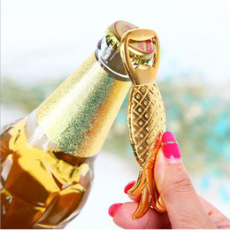 Wholesale Groom Bridal Favors - Alloy Gold Pineapple Beer Bottle Opener Bridal Wedding Favors And Gifts Baby Shower Baptism Christmas Gift groom souvenir