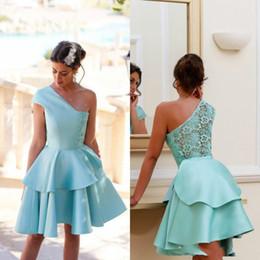 ddf821d90e 2017 New Short Mini Homecoming Dresses for Summer 8th Grade Dance Girls  Back to School Sweet Sixteen Graduation Teens Ball Prom Gowns