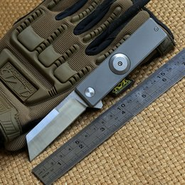 Wholesale finger fold - Titanium alloy finger tip gyro D2 blade titanium handle ball bearing flipper folding knife outdoor camping fruit pocket knives EDC tools