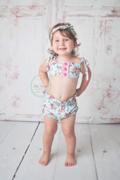 Wholesale Sexy Kids Bathing Suit - 2017 News Ins Hot Sale Girl Broken Flower Tops+Bownot Shorts Two Piece Sets Kids Sexy Bikini Soft Cotton Bathing Suit