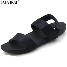 Uomini sandali fatti a mano online-Sandali da uomo estate sandali tacco piatto scarpe da uomo fatti a mano vintage nero sandali gladiatore traspirante uomo taglia 38-44 XMH0080-5