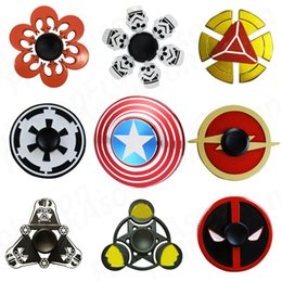 Wholesale Star Wars Super Heroes Metal Fidget Spinners Captain America Bat SHIELD Storm Trooper Darth Vader Rebel Symbol Alloy Spinner Toys
