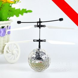 Wholesale Mini Rc Toy Ufo - New Easy Operation Vehicle Flying RC Flying Ball Infrared Sense Induction Mini Aircraft Flashing Light Remote Control UFO Toys for Kids