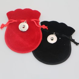 Wholesale Gourd Bags - Gourd-type Gift Bag Black Velvet Pouches For Diy 18mm Snap Button Jewelry Drawstring Bags Christmas Gift Bags 7*9cm
