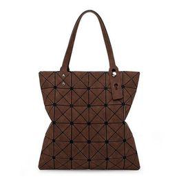 Wholesale Single Green Laser - Lady's Laser Lattice Diamond Shoulder Bag Fashion Designers Totes Ladies Bolsa Cosmetic Bags Ever Folded Shoulder Bag Issey Bag