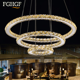 2019 lámpara de techo de cristal anillo de luz moderna Moderno LED de Cristal Luces de Araña Lámpara de Anillo de Círculo Para la Sala de estar Cristal Lustre Lámparas de Araña Iluminación Colgante Colgando Accesorios de Techo lámpara de techo de cristal anillo de luz moderna baratos