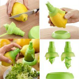 Wholesale Spray Lemon Juice - Hand Held LEMON Lime Citrus Sprayer Tray Orange Fruit Juice Lemon Spray Squeezer Kitchen Tool IC526