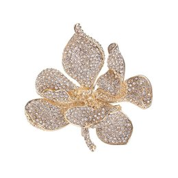 Wholesale Red Heart Pin Silver - Gold Plated Clear Rhinestone Lotus Flower Brooch Pin Jewelry for Women Rhinestone brooch Pin Hot Selling