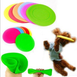 Wholesale Dog Frisbee Toys - 2017 Soft Flying Flexible Disc Tooth Resistant Outdoor Large Dog Puppy Pets Training Fetch Toy Silicone Dog Frisbee Wholesale