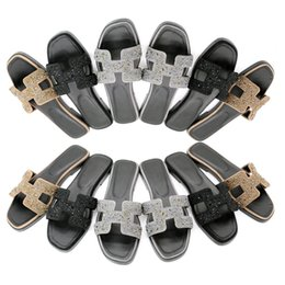 Wholesale T Strap Slippers - 2018 Summer Woman Leather Crystal Slippers H Letter Designer Mujer Flats Casual Beach Outside Women Sandals Slides