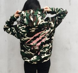 Wholesale Long Sleeve Spot - Zhaohen yee Hoodie bronzing scratches plus velvet Spot seconds sleeve head hooded claw