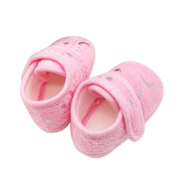 Wholesale Cribs For Baby Girls - Wholesale- 2017 Baby girl shoes Breathable toddler newborn Boy shoes Non-slip Crib Shoes Soft Prewalker perfect for learning walk Krystal