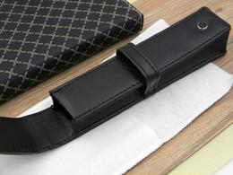 Wholesale nouveau beau cuir PU école de bureau cadeau noir Emballage simple Et emballage extérieur Pen Sacs