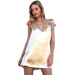 Wholesale Baggy Dress Styles - Summer dress new European women's baggy women's hot style flowers embroidered with the lotus leaf belt dress