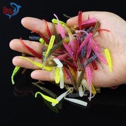 Gusano de goma señuelo online-200 UNIDS 4 cm / 0.3g Gusanos de Pesca de Bajo 10 Colores de Silicona Señuelos de Pesca de Plástico Suave Cebo Artificial de Goma en Jig Head Hook Uso