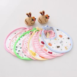 Wholesale Hot Baby Delivery - Wholesale- 0-1 Years Baby Hot 2017 New 100% Cotton Fashion Soft Unisex Solid Comfortable Cartoon Pattern Bibs Random Delivery