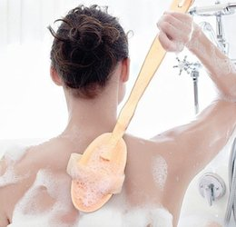 Wholesale Wooden Bath Massager - Fashion Hot Natural Long Wooden Bristle Body Brush Massager Bath Shower Back Spa Scrubber