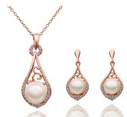 Wholesale Pendant Earings - Korean Fashion Jewelry Rhinestone elegant luxury hollow pearl pendant necklace and earings Jewelry Sets z117